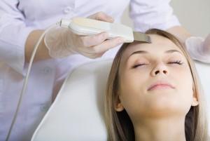ultrazvukovaya-chistka-lica